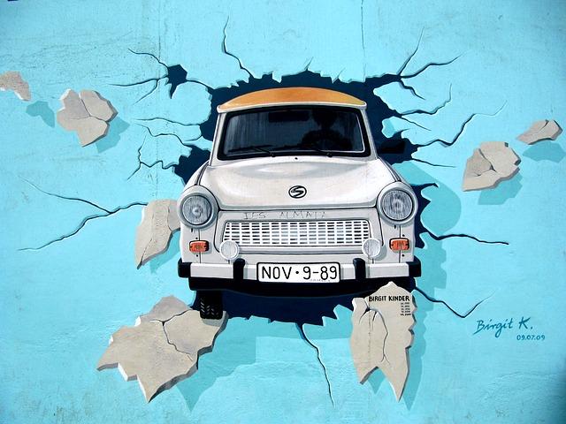 pixabay.trabbi.berlinwall.freedom.graffiti-745071_640